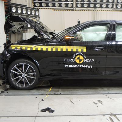 BMW 3 Series - Frontal Full Width test 2019 - after crash