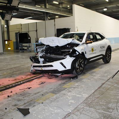 Opel/Vauxhall Mokka - Full Width Rigid Barrier test 2021 - after crash