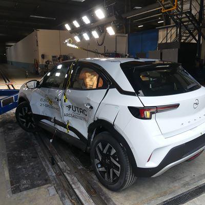 Opel/Vauxhall Mokka - Side Mobile Barrier test 2021 - after crash