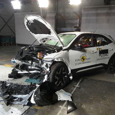 Opel/Vauxhall Mokka - Mobile Progressive Deformable Barrier test 2021 - after crash