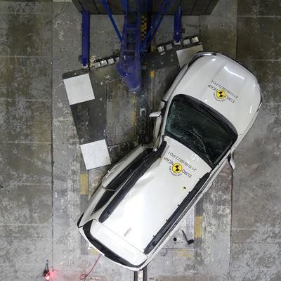 Subaru Outback - Side Pole test 2021 - after crash
