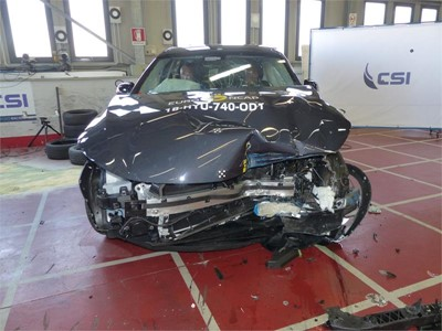 Hyundai NEXO - Frontal Offset Impact test 2018 - after crash