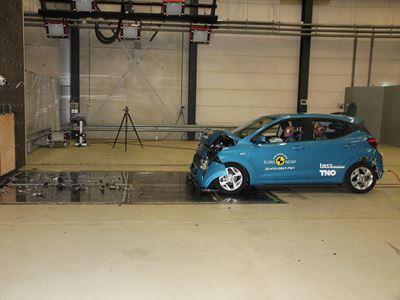 Hyundai i10 - Full Width Rigid Barrier test 2020 - after crash
