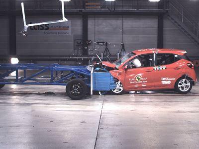 Hyundai i10 - Mobile Progressive Deformable Barrier test 2020