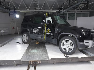 Land Rover Defender - Side Pole test 2020 - after crash