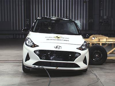 Hyundai i10 - Side Mobile Barrier test 2020