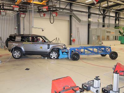Land Rover Defender - Mobile Progressive Deformable Barrier test 2020 - after crash