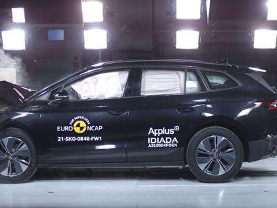 Škoda ENYAQ iV - Full Width Rigid Barrier test 2021