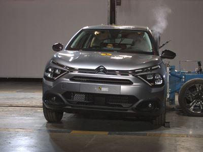 Citroën C4 - Side Mobile Barrier test 2021