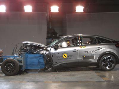Citroën C4 - Mobile Progressive Deformable Barrier test 2021