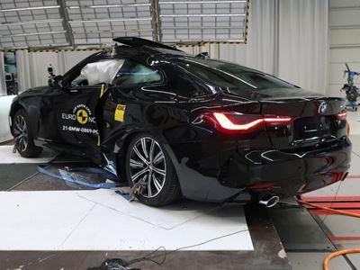 BMW 4 Series Coupé - Pole crash test 2019 - after crash