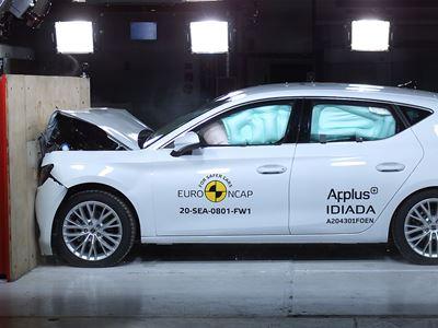 SEAT Leon - Full Width Rigid Barrier test 2020