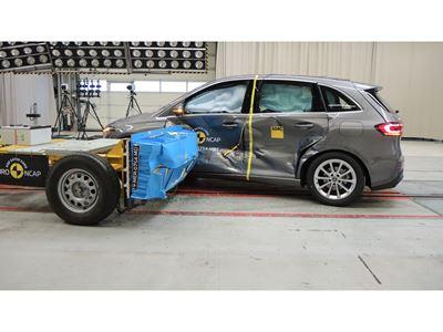 Mercedes-Benz B-Class - Side crash test 2019 - after crash