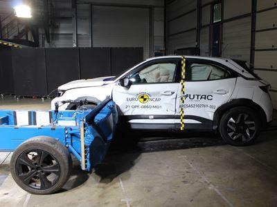 Opel/Vauxhall Mokka-e - Side Mobile Barrier test 2021 - after crash