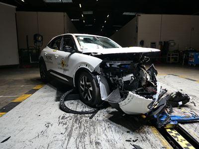 Opel/Vauxhall Mokka-e - Mobile Progressive Deformable Barrier test 2021 - after crash