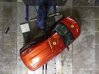 Renault Kangoo - Side Pole test 2021 - after crash