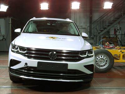 VW Tiguan eHybrid - Side crash test 2016