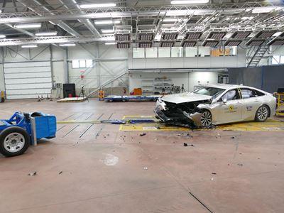 Toyota Mirai - Mobile Progressive Deformable Barrier test 2021 - after crash