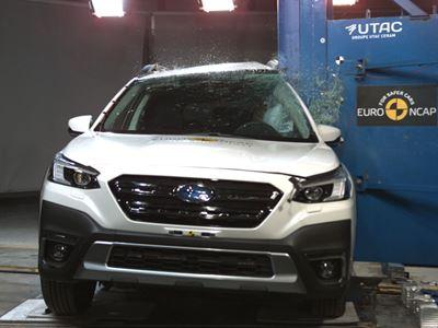 Subaru Outback - Side Pole test 2021