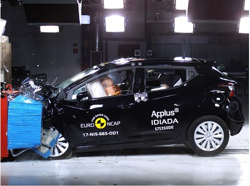 Nissan Micra  - Frontal Offset Impact test 2017