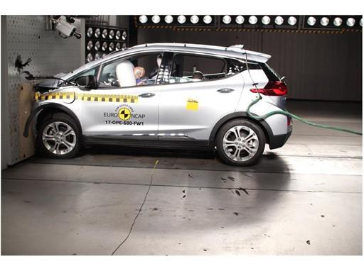 Opel/Vauxhall Ampera-e- Frontal Full Width test 2017