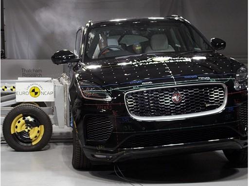 Jaguar E-Pace - Side crash test 2017