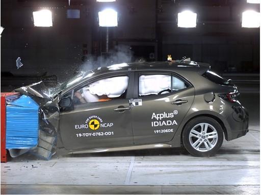 Toyota Corolla - Frontal Offset Impact test 2019