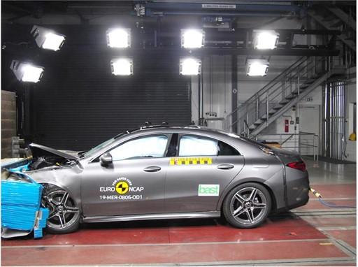 Mercedes-Benz CLA - Frontal Offset Impact test 2019