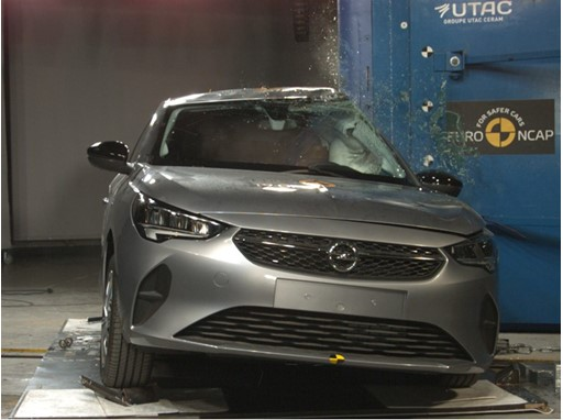 Opel/Vauxhall Corsa - Pole crash test 2019