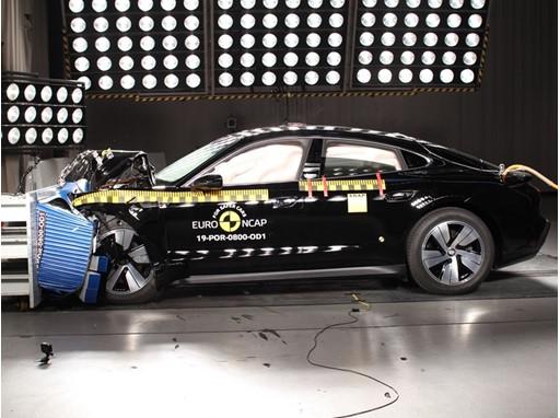 Porsche Taycan - Frontal Offset Impact test 2019