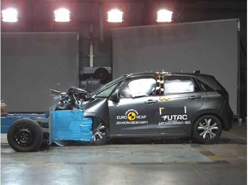 Honda Jazz - Mobile Progressive Deformable Barrier test 2020
