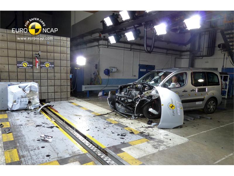 Citroen Berlingo Test >> Euro Ncap Newsroom Citroen Berlingo Frontal Crash Test