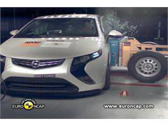 Opel Ampera - Crash Tests 2011