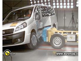 Fiat Scudo - Crash Tests 2012