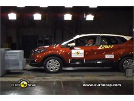 Renault CAPTUR - Crash Tests 2013
