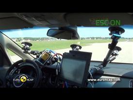 Kia Carens  - ESC Test 2013