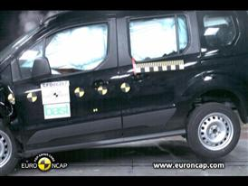 Ford Tourneo Connect - Crash Tests 2013