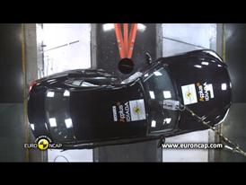 Infiniti Q50 - Crash Tests 2013