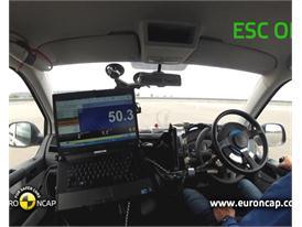 Volkswagen T5  - ESC Test 2013