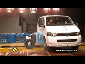 Volkswagen T5 - Crash Tests 2013