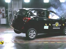 Hyundai i10 - Crash Tests 2014 - with captions
