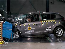 Renault Megane Hatch- Crash Tests 2014
