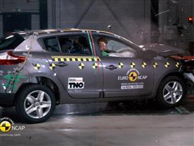Renault Megane Hatch Reassessment - Crash Tests 2014 - with captions