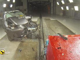 Lexus NX - Crash Tests 2014 - with captions