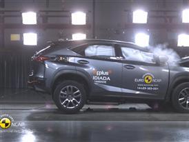Lexus NX - Crash Tests 2014