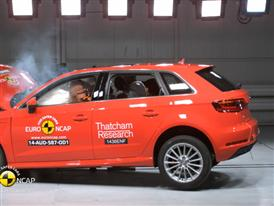 Audi A3 Sportback e-tron - Crash Tests 2014