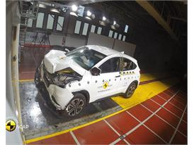 Honda HR-V - Crash Tests 2015
