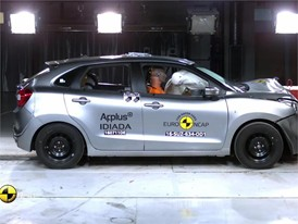 Suzuki Baleno - Crash Tests 2016