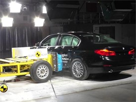 BMW 5-Series - Crash Tests 2017