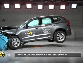 Volvo XC60 - Crash Tests 2017
